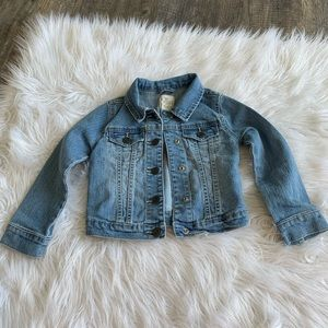 Girls The children's place denim jacket size xs 4